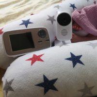 शिशु की देखरेख करने वाला